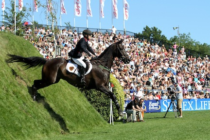 Trade Stands Hickstead : Can tina fletcher win the carpetright derby for the second year in a