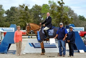 ©ESI Photography Ragan Roberts and Quipit L.F. are presented with top prizes after their win in the 2,500 Brook Ledge Open Welcome at HITS Ocala.