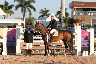 Shane Sweetnam in his winning presentation with ringmaster Cliff Haines. Photo © Sportfot.
