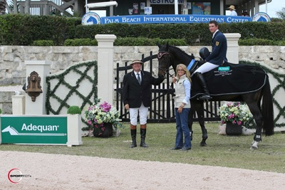 Laurenz Buhl and Calista in their winning presentation with ringmaster Cliff Haines and Kathy Serio for Adequan. Photo © Sportfot.