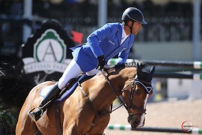 Alvaro de Miranda and Show Show. Photo © Sportfot.
