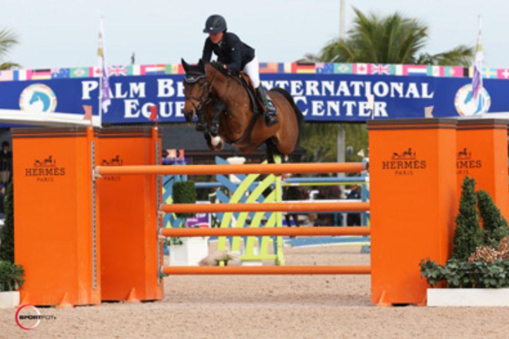 Lauren Hough and Ohlala. Photo © Sportfot.