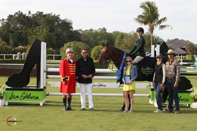 Lillie Keenan and Levistano 2 in their winning presentation with ringmaster Cliff Haines, Sam Edelman and Ashley Latsha for Sam Edelman, and Patricia Griffith and Andre Dignelli of Heritage Farm. Photo © Sportfot.
