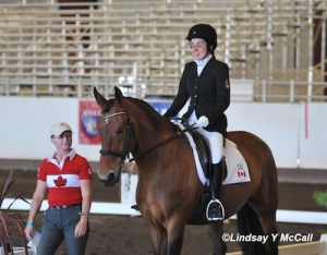 Robyn Andrews and Fancianna photo by Lindsay McCall