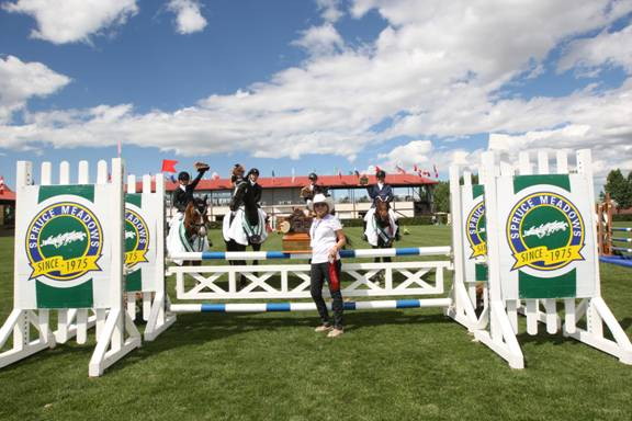 Team H.A.P.P.E.E. won at the 1.00m level. Photo © Spruce Meadows Media Services.