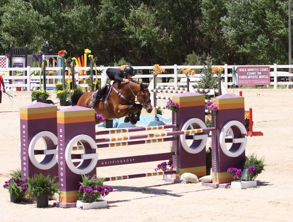Kristen VanderVeen and Bull Run's Le Conte. Photo by Carrie Wirth.