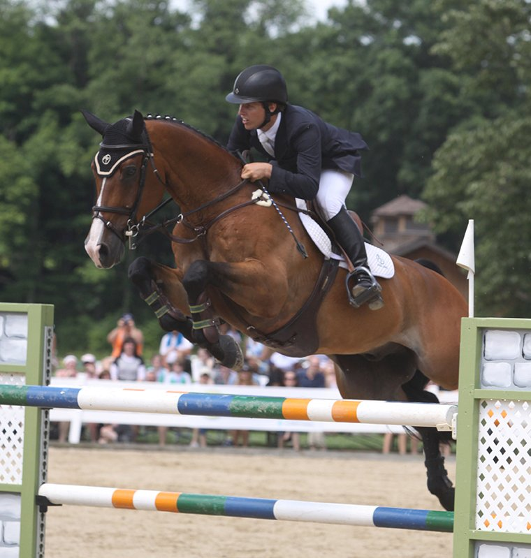 Shawn Casady and Twister won both the Welcome Stake and Cleveland Grand Prix during Week 1 of the Chagrin Valley Hunter Jumper Classic. Photo by Anne Gittins Photography.