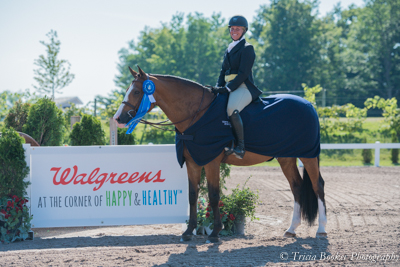 Kenya and Caitlyn Shiels topped the $2,500 USHJA National Hunter Derby, sponsored by Walgreens