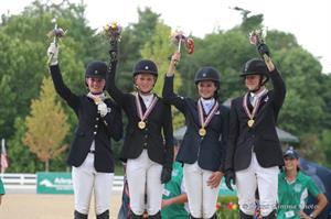 Area III, CCI2* Team Gold medalists (Brant Gamma Photography)