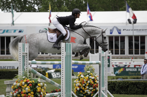 Darragh Kenny of IRL riding Alpha VDL