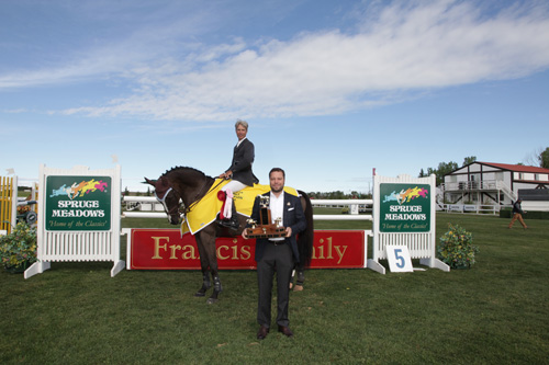 Richard Spooner and Tuxedo in their winning presentation with Adam Twa