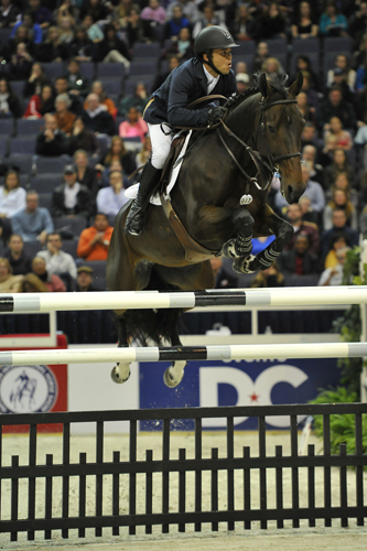 Blue Angel & Kent Farrington won the President's Cup in 2013