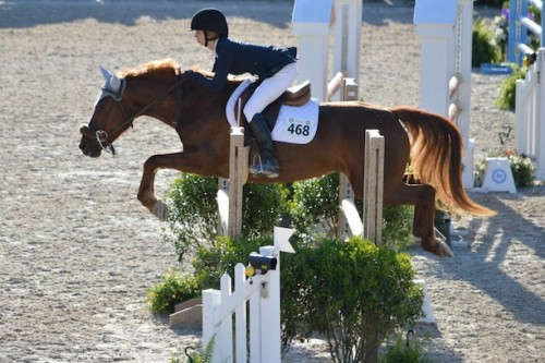 Julia and Rita competing at the Devon National Horse Show. Photo by Jill Belshaw