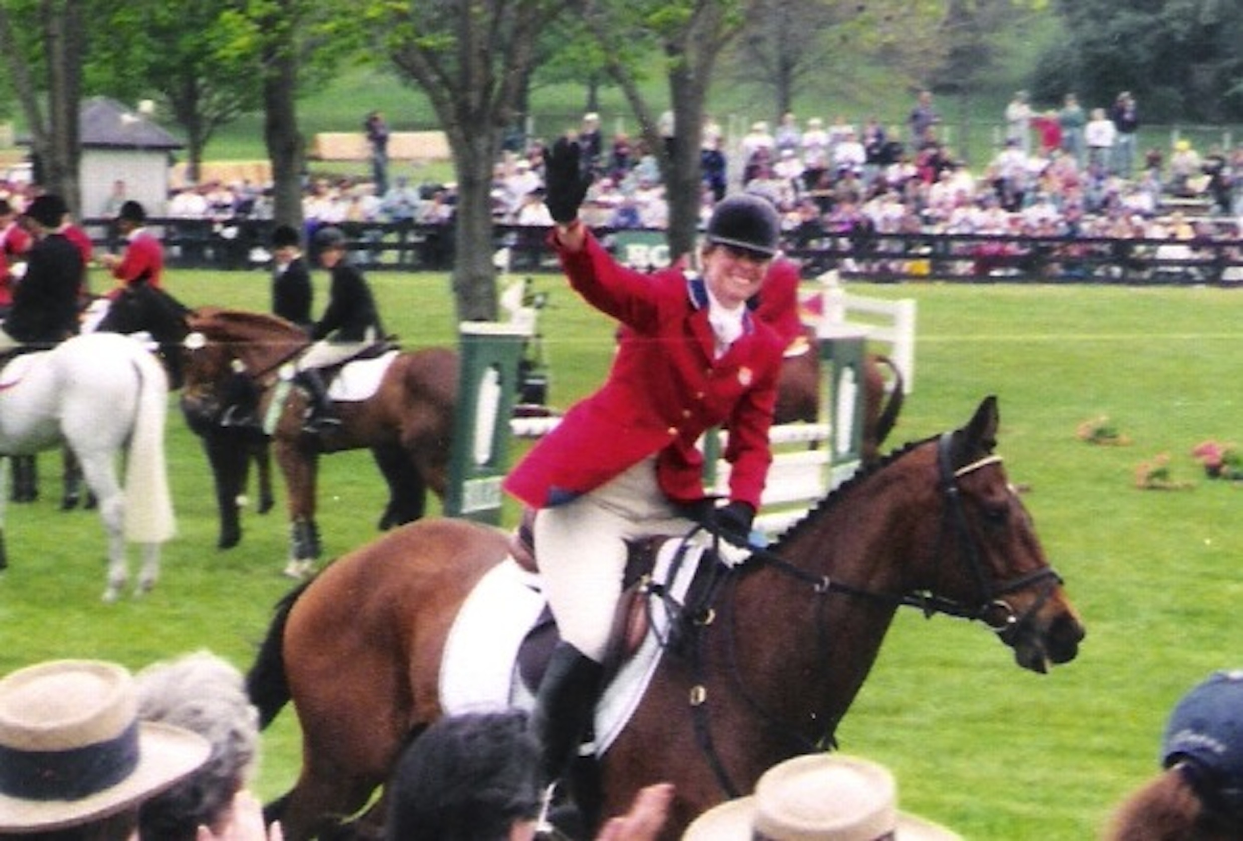 Triumphant in 1998 at Rolex Kentucky Three-Day Event: Dorothy Trapp and Molokai enjoy their victory gallop after finishing second overall in the inaugural CCI*** and winning the first-ever National four-star championship. (Photo Courtesy of Visionaire)
