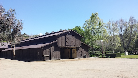 A California barn at Monty Roberts' Flag Is Up Farms in Solvang. (Photo courtesy of Susan Friedland-Smith)
