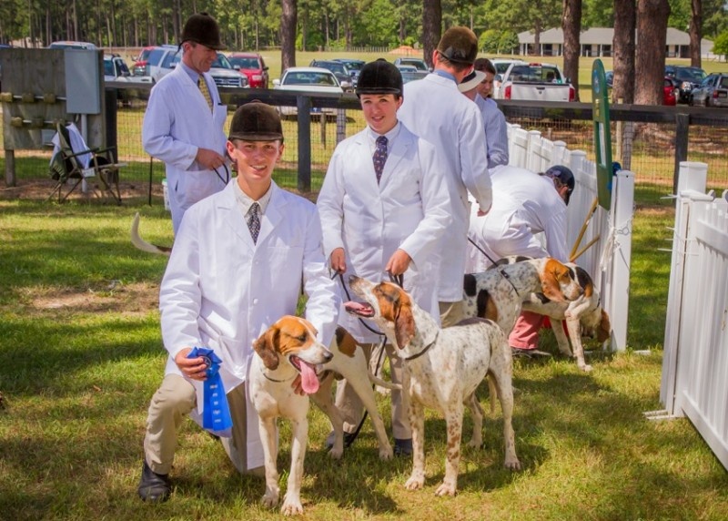 Kasey Minnick and Trey at the Carolinas Hound Show Photo by Don West Photography
